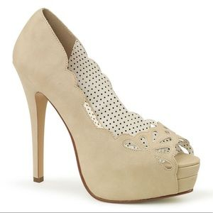 New Pinup Couture cutout beige high heels